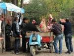 Straßenmetzgerei in Sartichala